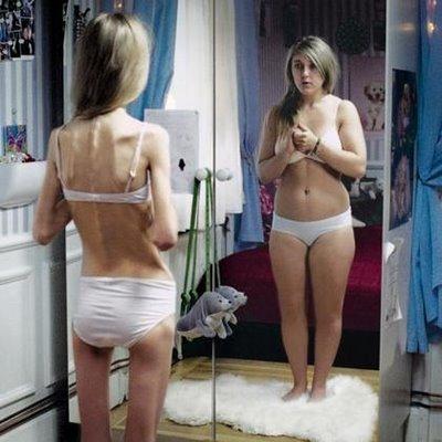 imagine corporala, pozitiva, interior, comparatie, exercitii fizice, zambet, oglinda, lista, discutie, prietena, parinte, psiholog