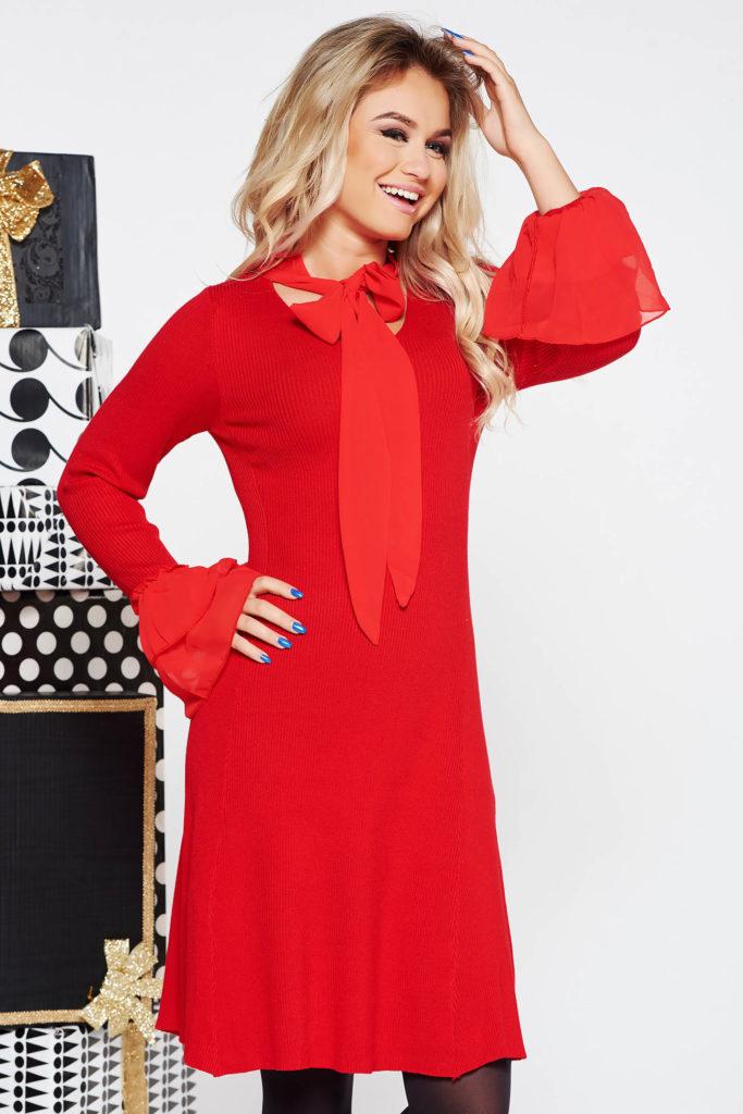 rochie rosie tricotata