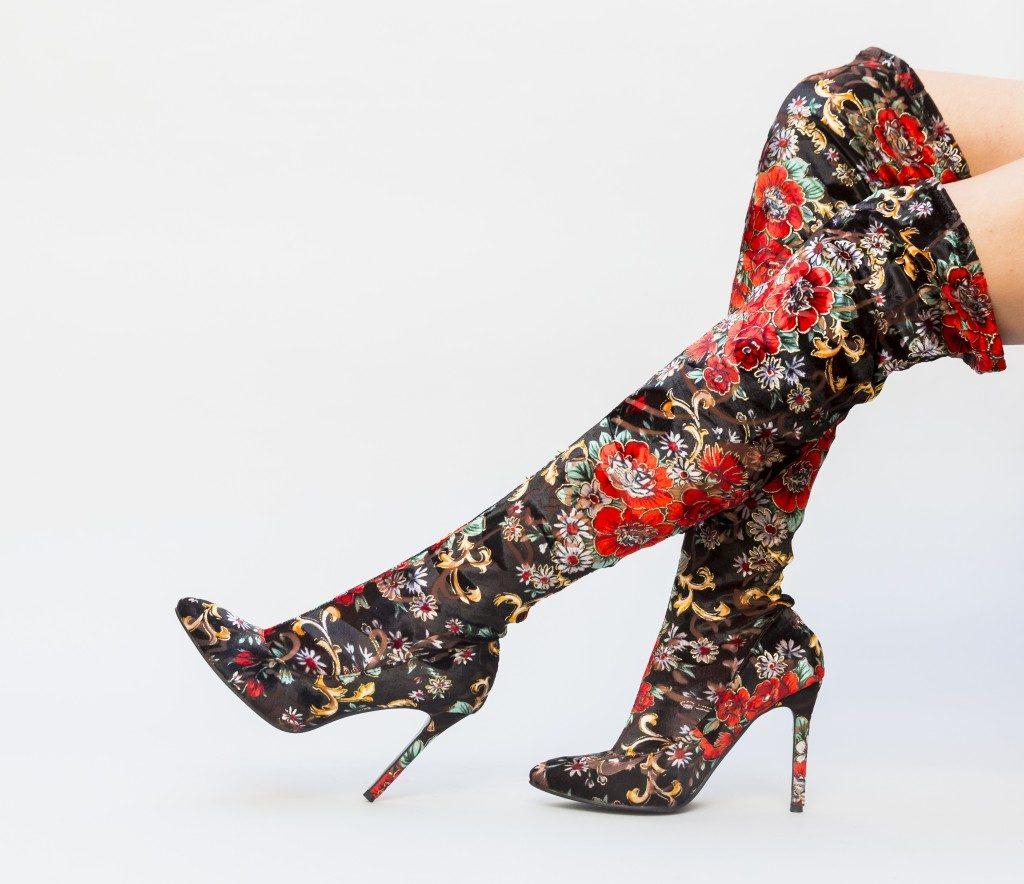 cizme lungi cu model floral