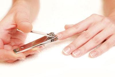 cum sa-ti ingrijesti unghiile
