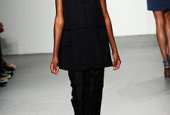 Colectia Primavara 2011 by Calvin Klein - Prezentari de moda