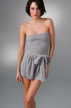 Salopetele sunt la moda in 2011 - Trenduri