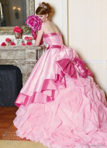 originea culorilor rochiilor de mireasa