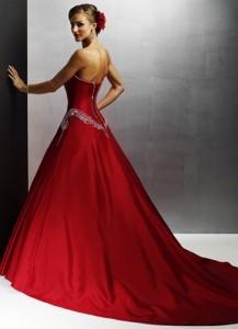 rochie de mireasa rosie