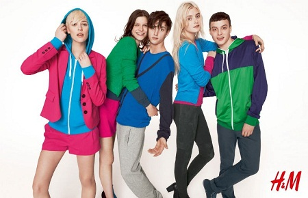 H&M, Divided, colectie toamna 2011, dungi, rochii, fusta multicolora, tricou, camila, negru, rosu, albastru, moda anilor 80, sport, urban, roz, verde, turcoaz