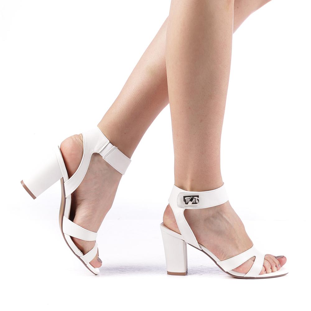 sandale albe mirese