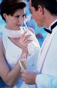 coafuri mirese, coafura, mireasa, 2011, 2012, par scurt, trend, nunta