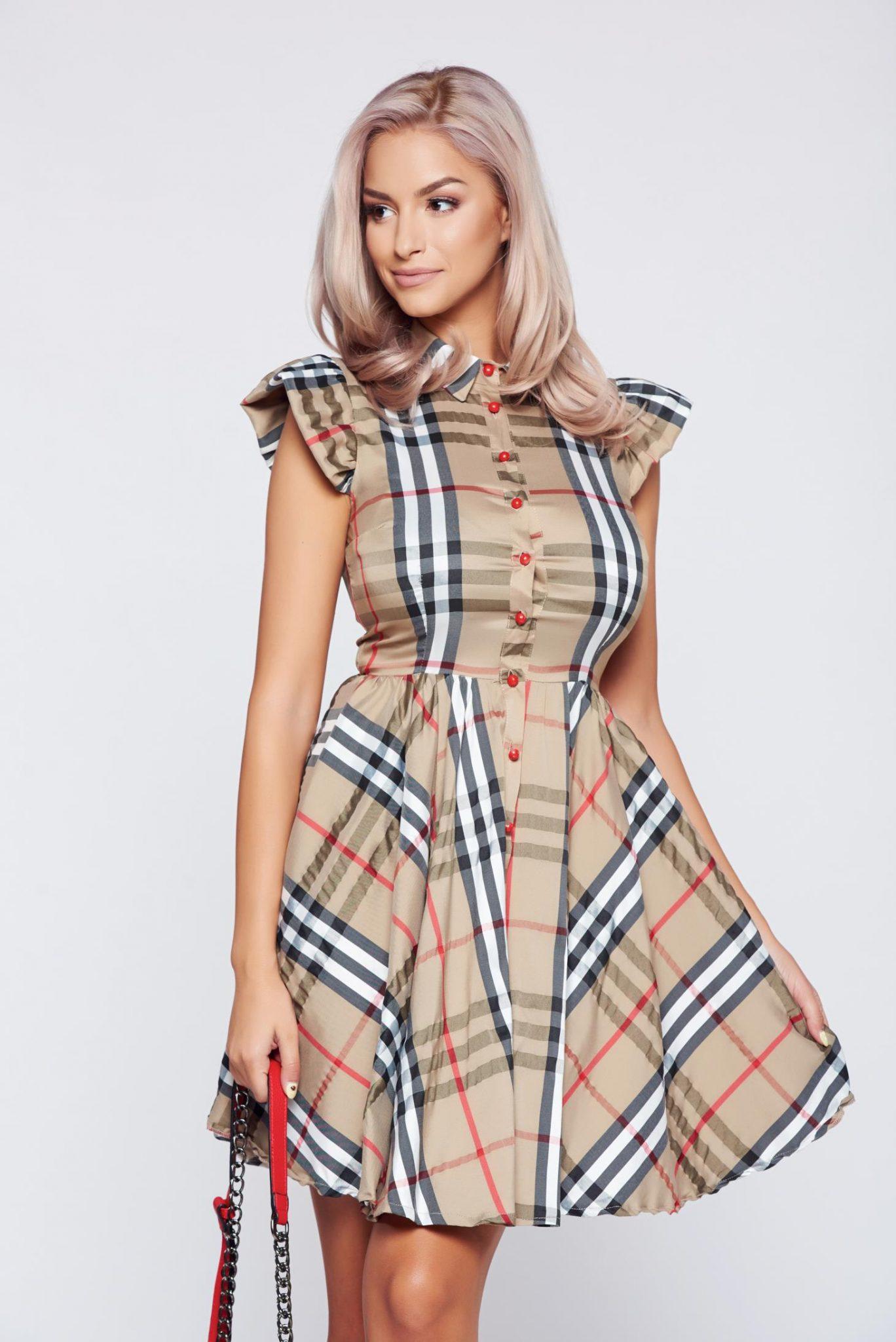 rochie maro in carouri