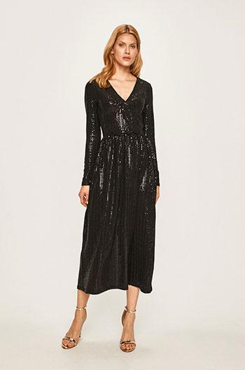 rochie-lunga-de-Revelion-cu-paiate-negre