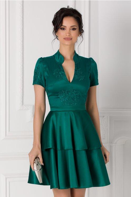 rochie tinereasca verde cu volanase