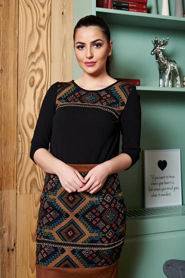 Bluza Dama Neagra  Accesorizata Cu Lantisor