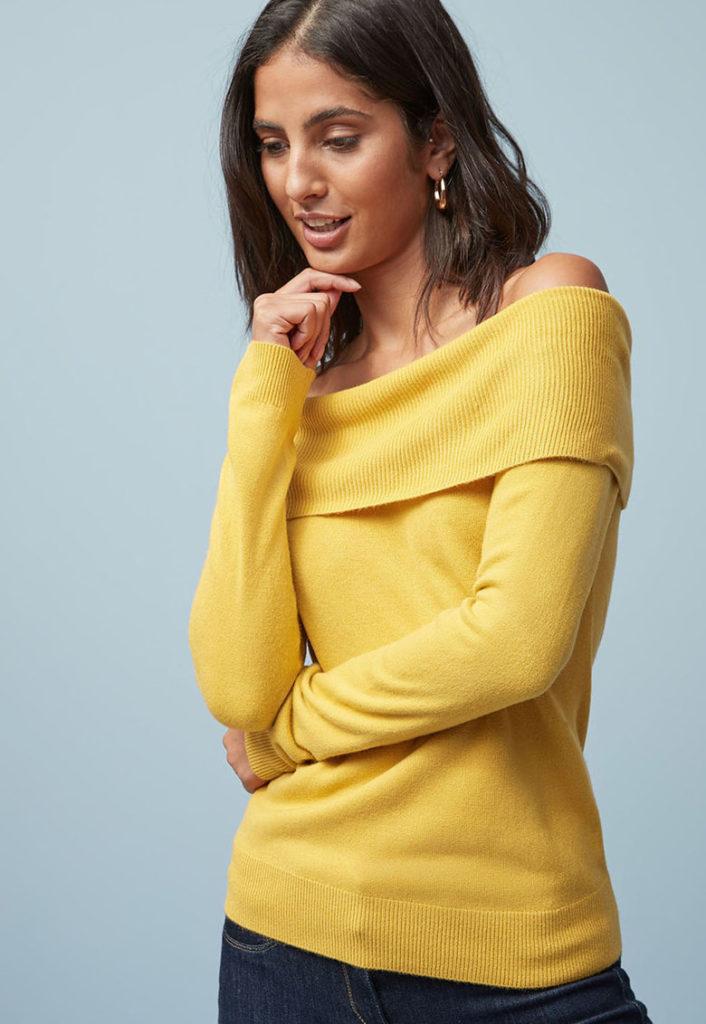 pulover galben cu umeri goi