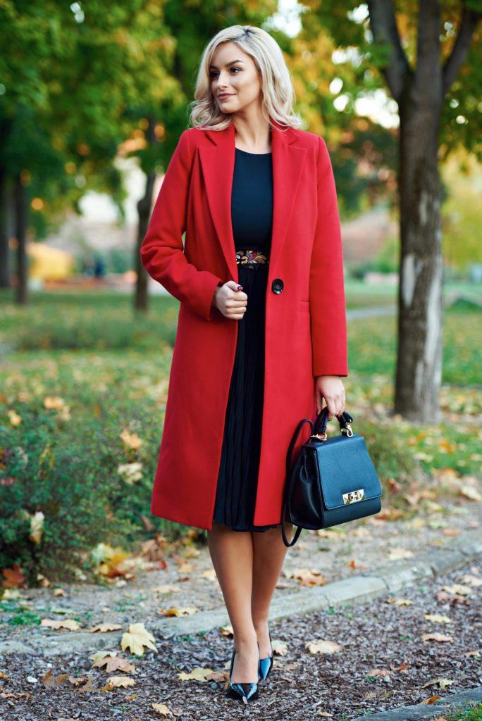 palton clasic rosu
