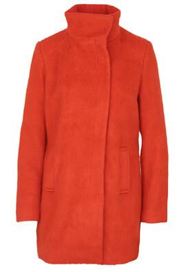 palton cu guler inalt