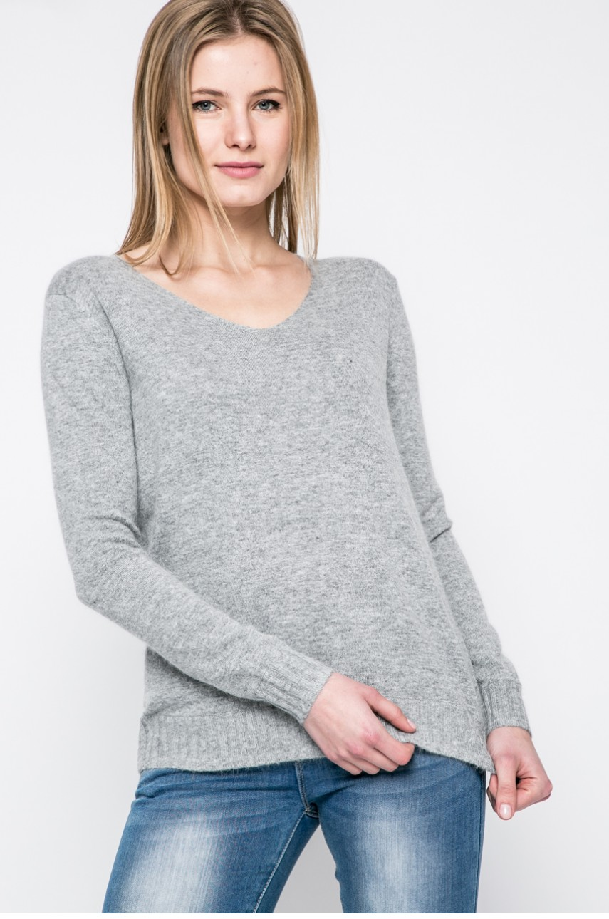 pulover dama cu decolteu