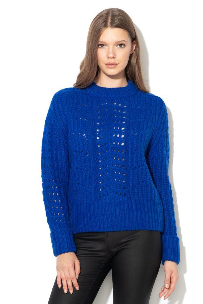 pulover albastru din tricot fin