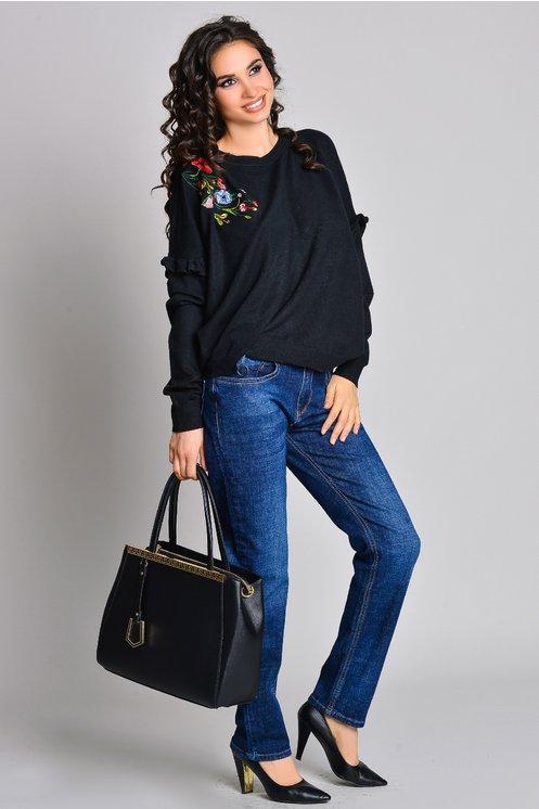 pulover negru din tricot