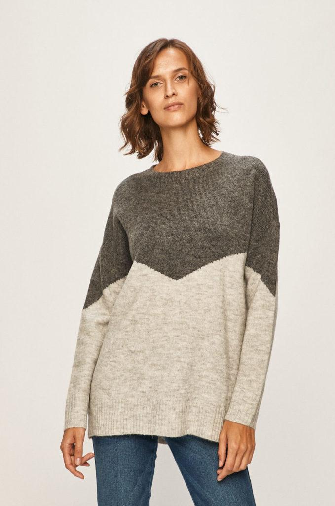 pulover crem& gri cu model