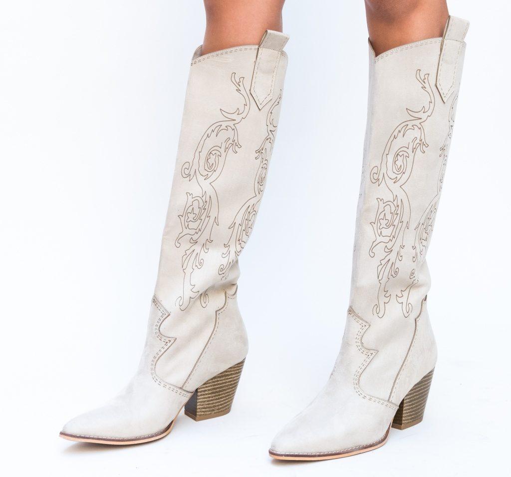 cizme dama bej in stil western