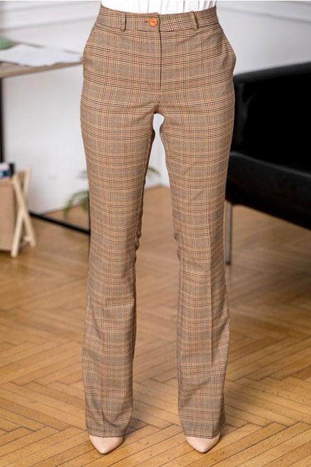 pantaloni-dama-bej-cu-carouri