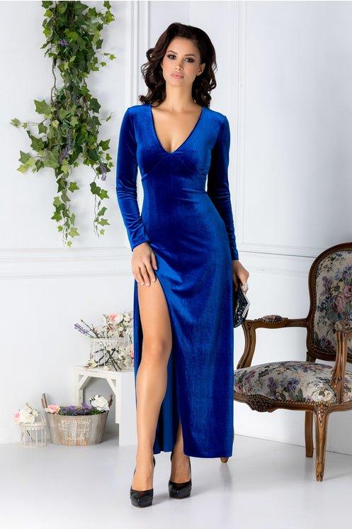 rochie lunga albastra din catifea