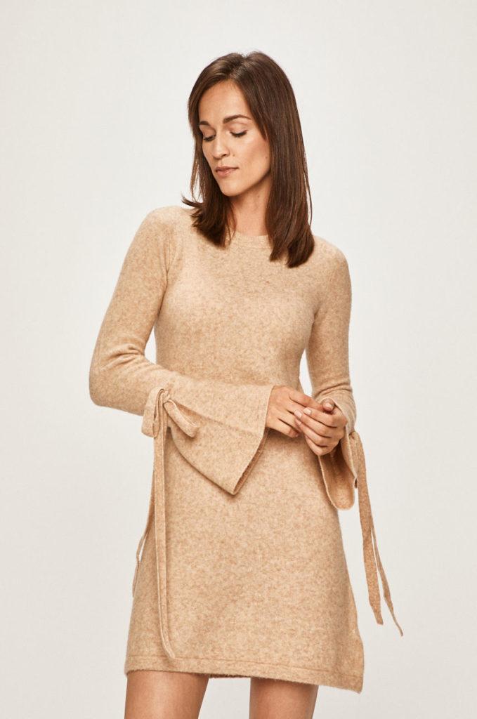 rochie scurta bej din tricot neted