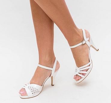 sandale-finute-pentru-mirese