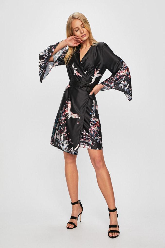 kimono negru cu printuri