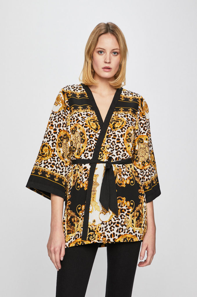 kimono-ul e perfect pentru toate siluetele