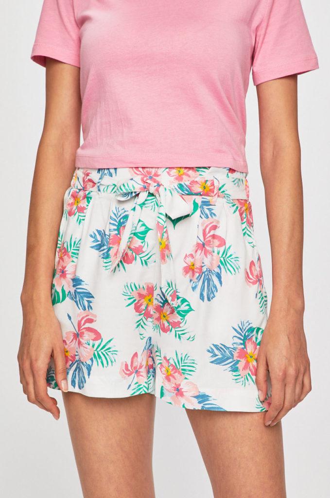 pantaloni scurti albi cu flori multicolore