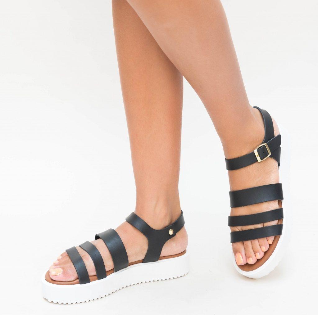 sandale de vacanta