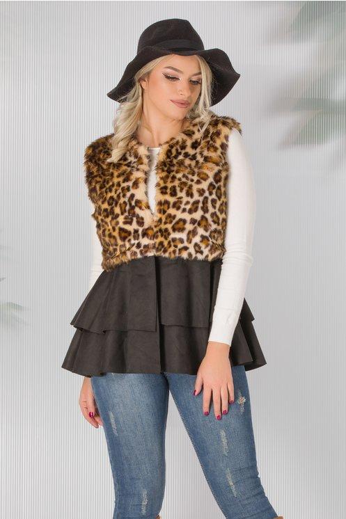 vesta cu print leopard si tricot neted