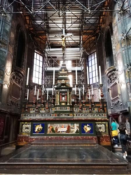 altar-capela-Medici