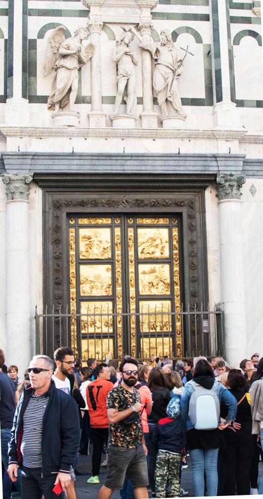replica Poarta Paradisului la Baptisier