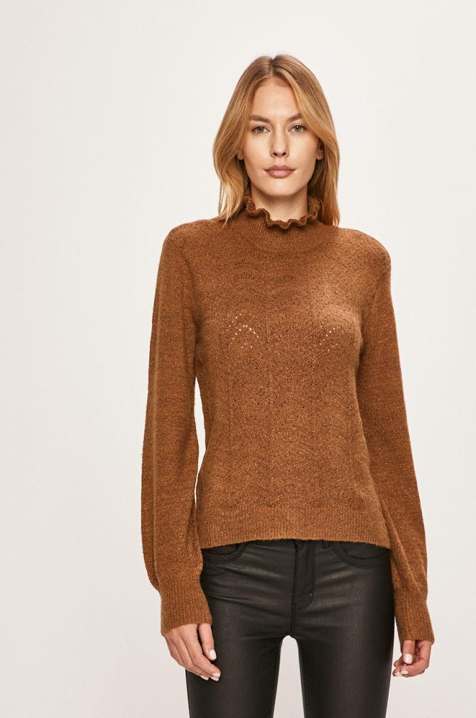 pulover pe gat maro cu fir lucios