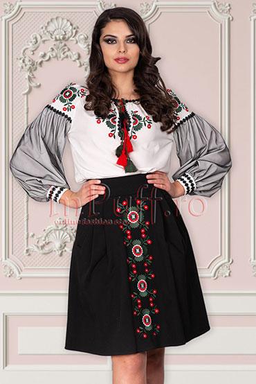 bluza-cu-motive-traditionale