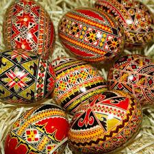 Traditii de Paste la minoritatile romanesti