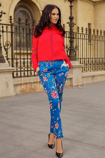 pantaloni-cu-imprimeu-floral