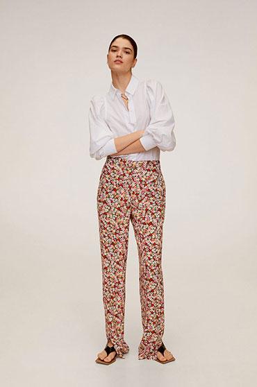 pantaloni-lejeri-cu-flori-imprimate