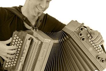 sunetele unui acordeon