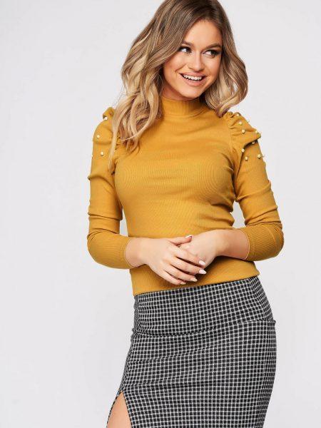 Bluza dama  mustarie mulata scurta pe gat din material reiat cu umeri cu volum