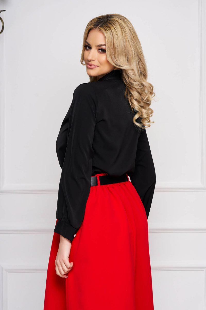 Bluza dama neagra office scurta din voal cu croi larg si guler tip esarfa -