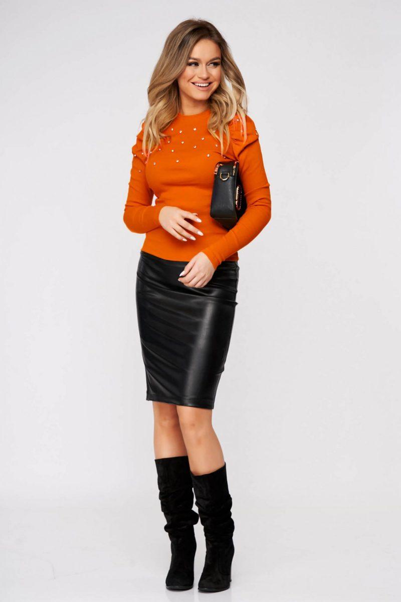 Bluza dama portocalie casual mulata din material reiat cu aplicatii cu pietre strass umeri cu volum -