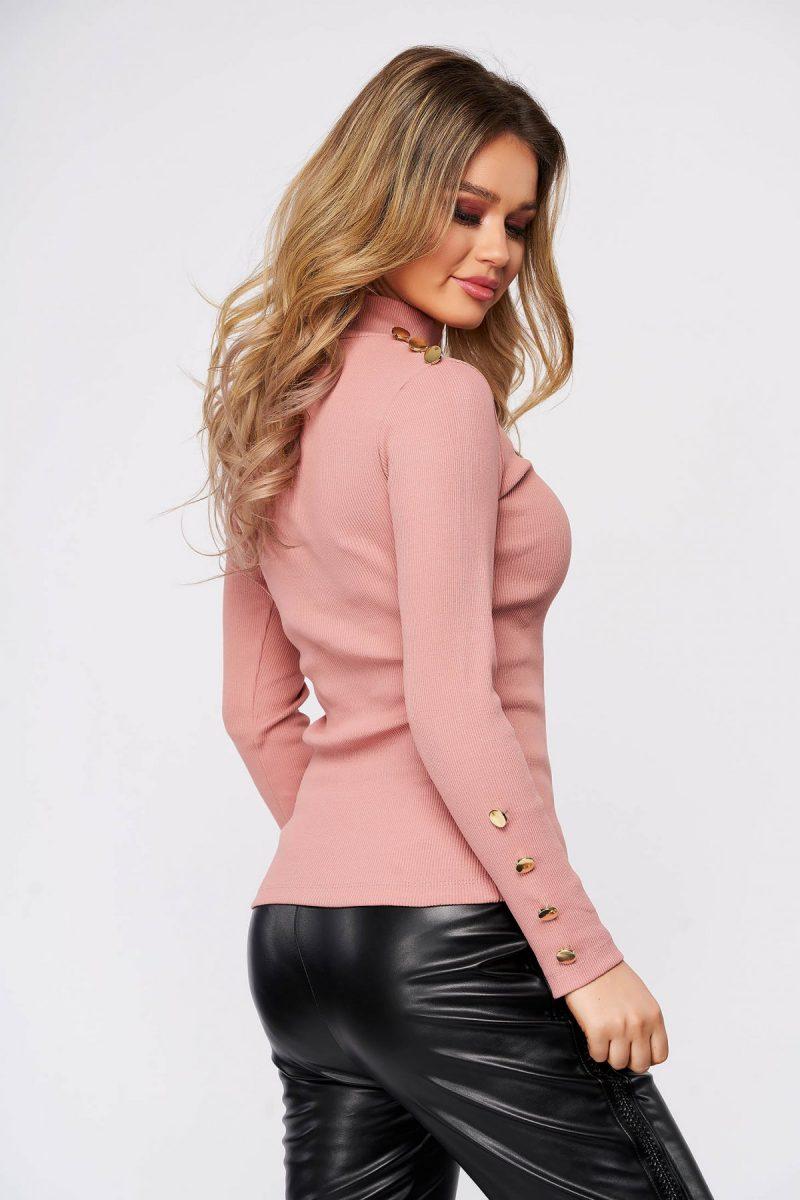 Bluza dama roz din bumbac elastic reiat cu un croi mulat accesorizata cu nasturi -