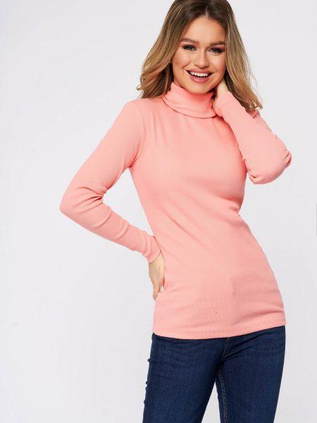 Bluza dama  roz din bumbac elastic reiat pe gat cu un croi mulat