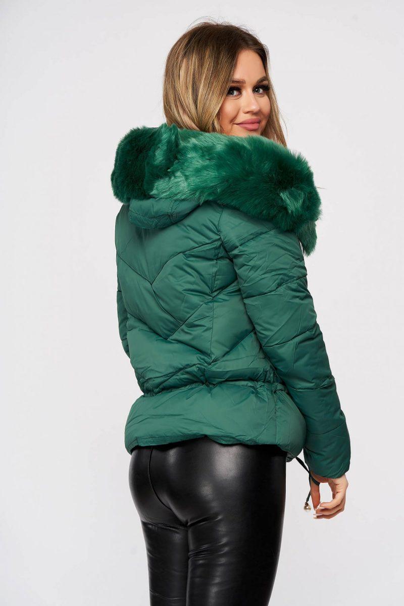 Geaca casual verde accesorizata cu blana ecologica detasabila cu snur din fas -