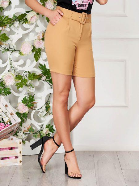 Pantalon scurt  crem elegant mulat din material subtire cu talie inalta