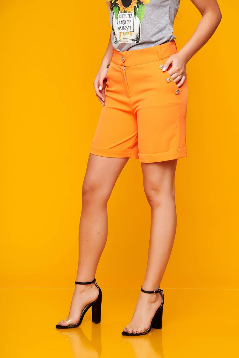 Pantalon scurt  portocaliu casual mulat din stofa elastica cu buzunare