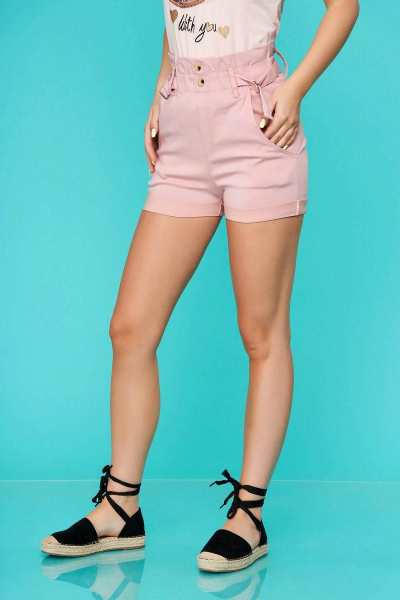 Pantalon scurt  roz prafuit casual mulat cu talie inalta si buzunare