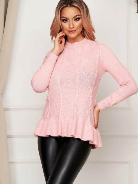 Pulover  roz deschis casual tricotat cu croi larg cu aplicatii din perle si volanase